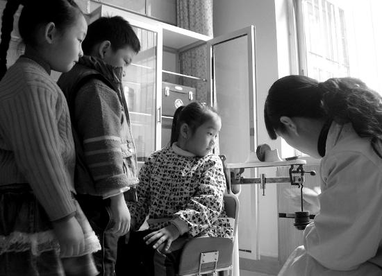 《托儿所幼儿园卫生保健管理办法》规定