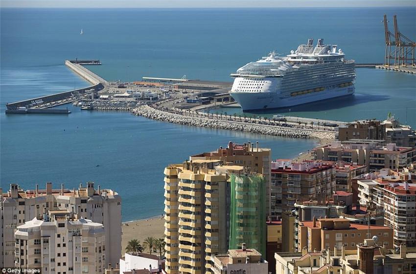 焦作网 新闻中心首页 国际新闻 > 正文      这简直是海洋中的城市!