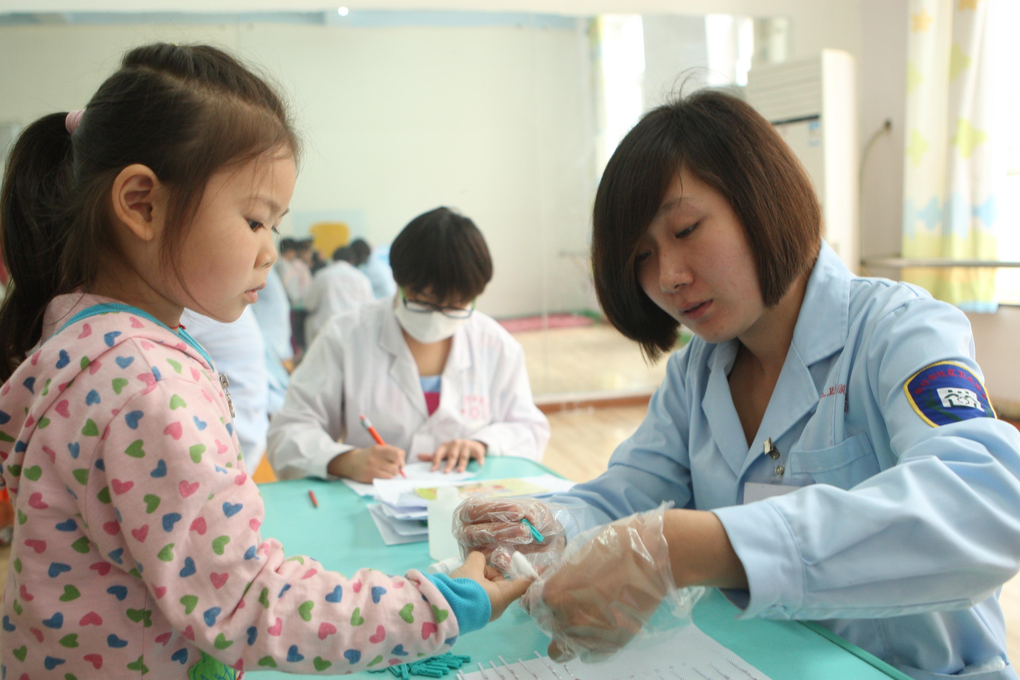 图片新闻:我市启动幼儿园幼儿免费健康体检工作