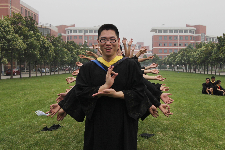 河南理工大学 多彩毕业照致青春